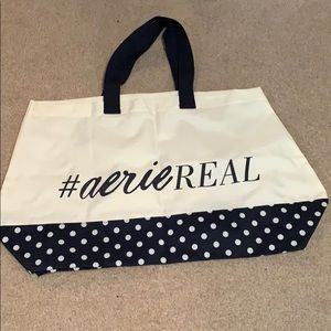 Aerie Large Bag- bundle for free (w/ purchase)!